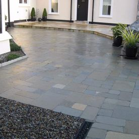 Tumbled Grey Paving
