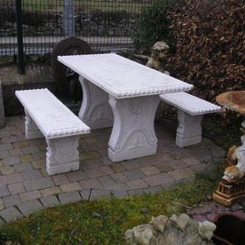 Outdoor Furniture & Décor
